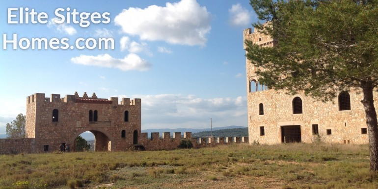 Castle myytävänä Espanjassa