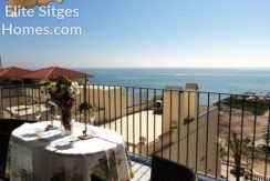 Sitges beach front penthouse HS225FS